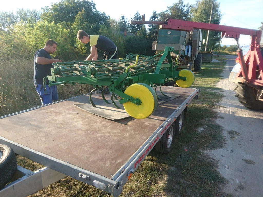 Autopreprava poľnohospodárskych strojov